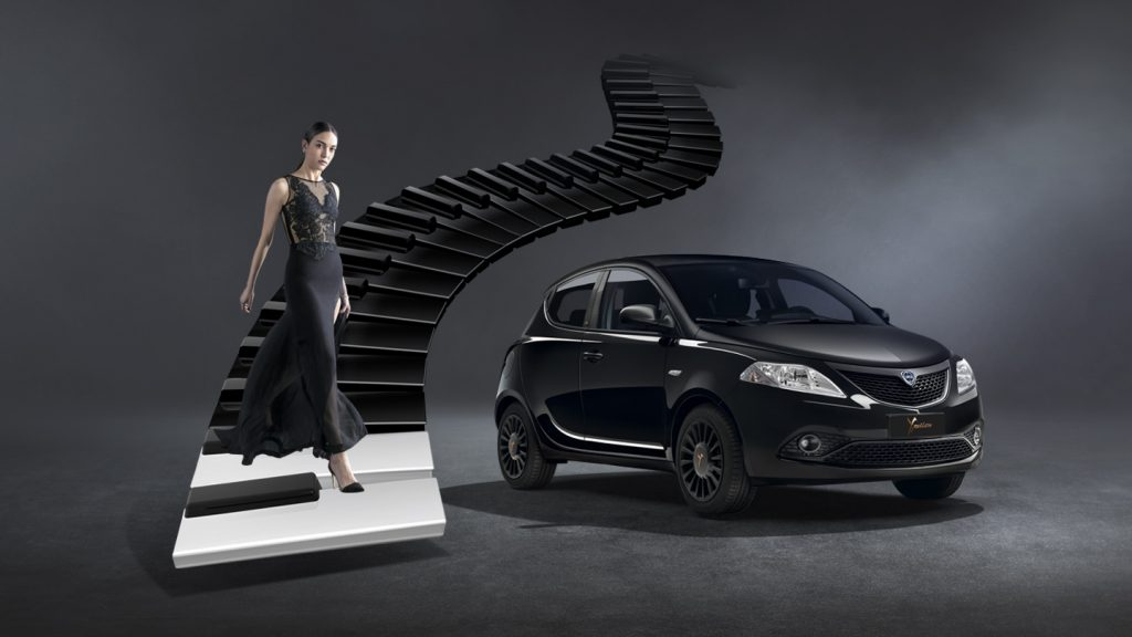 Lancia_Ypsilon_Black_And_Noir_City_Car_Desktop_1440x810